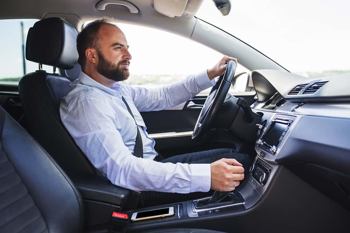Poradnik jak jeździć samochodem latem