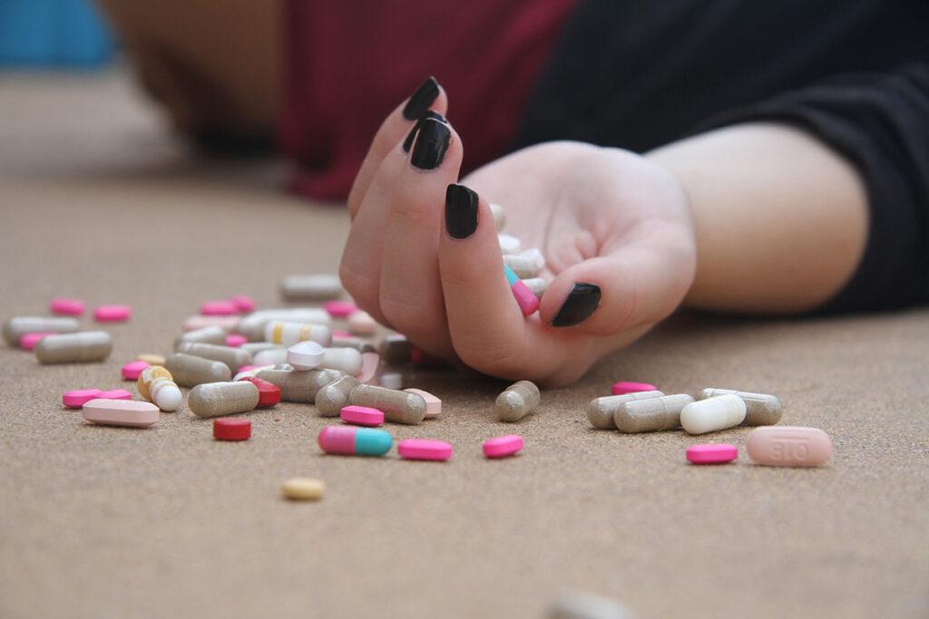 narkotyki w zakładzie pracy
