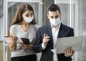 COVID-19 w zakładzie pracy – wyzwanie epidemiologiczne i prawne okiem ekspertów