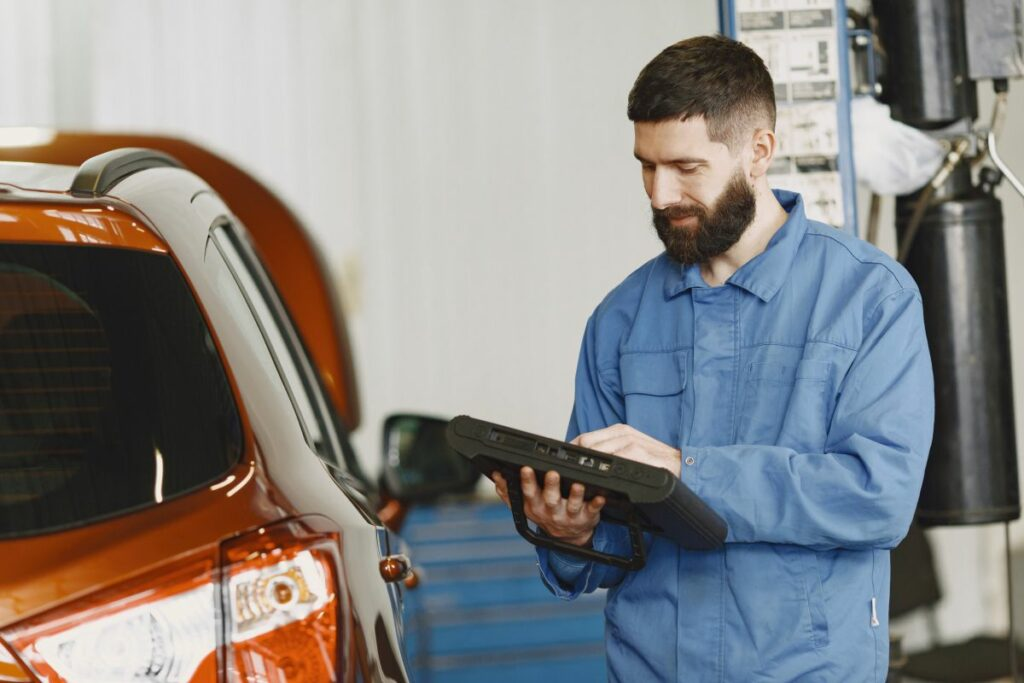 Homologacja pojazdu i nadzór rynku – nowe wymagania prawne