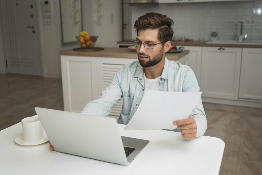 Jak łączyć home office i życie prywatne?
