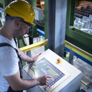 Przeciążenia elektryczne (EOS) w przemyśle samochodowym